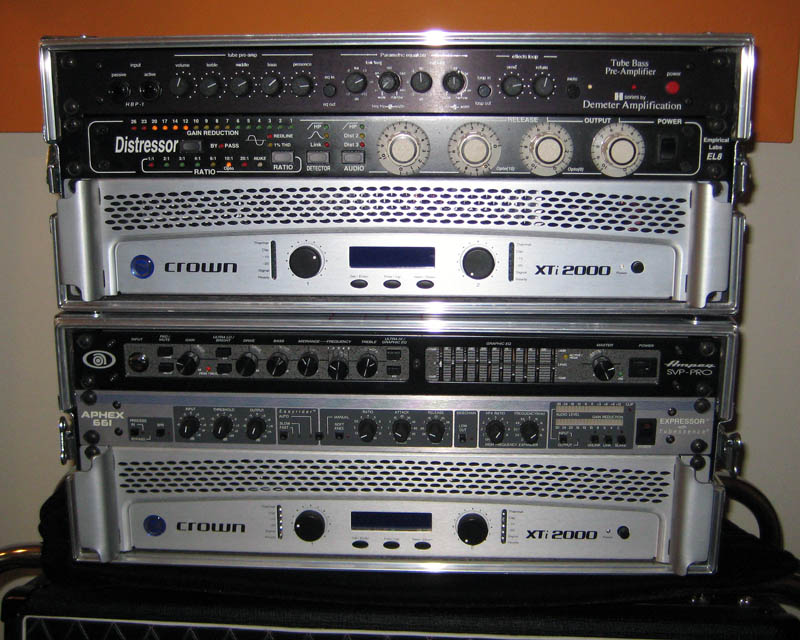 two rackmount head flavors same power amp. Black Bedroom Furniture Sets. Home Design Ideas